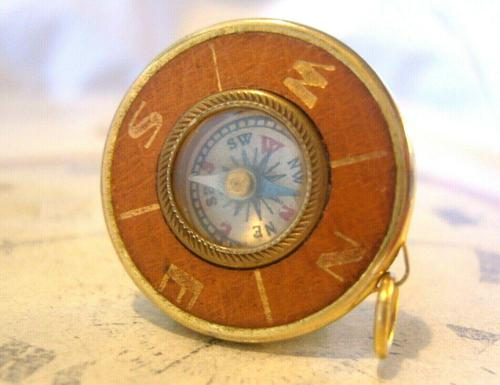 Vintage Pocket Watch Chain Compass Fob 1950s Tan Leather & Gilt Drum Case Fob FWO (1 of 9)