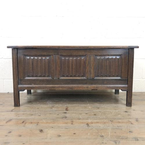 Early 20th Century Panelled Oak Coffer (1 of 8)