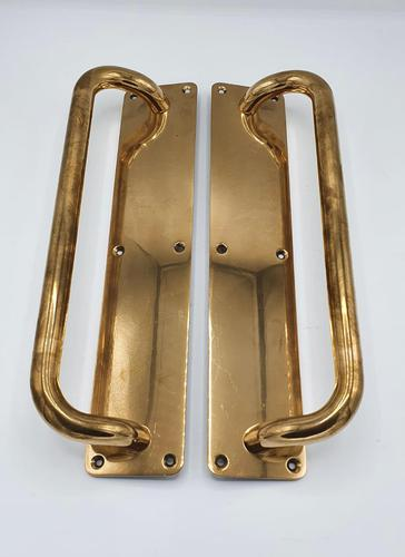 Good Quality Pair of Early 20th Century Brass Door Handles or Pulls (1 of 2)
