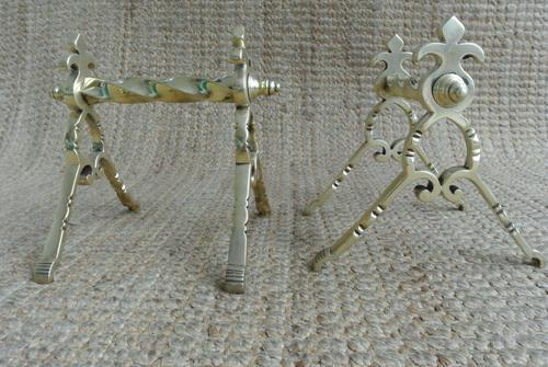 Quality Aesthetic Movement Brass Fire-Dogs Fire Iron Rests Andirons c.1880 (1 of 7)