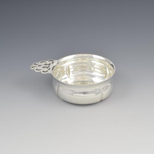 Edwardian Silver Quaich / Bleeding Bowl William Comyns & Sons (1 of 11)