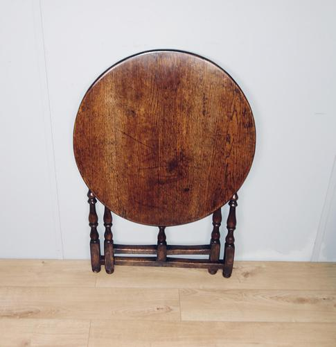 Folding Oak Victorian Table (1 of 6)