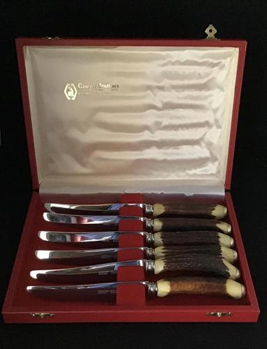 Cased  Set of 6 Stag Horn Handle Steak Knives (1 of 6)