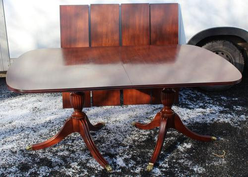 1960s Mahogany Dend Dining Table with 4 Leaves (1 of 4)