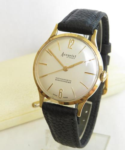 Gents 9ct gold Accurist wrist watch, 1960 (1 of 4)