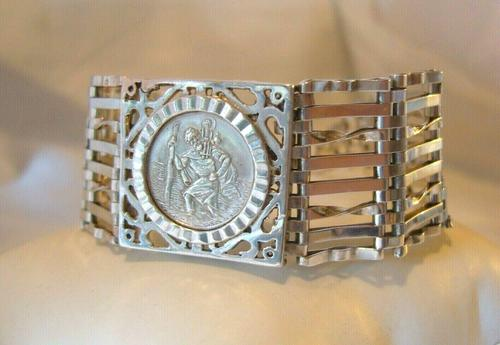 Vintage Sterling Silver Gate Bracelet 1976 St Christopher & Heart Padlock 34.3 Grams (1 of 12)