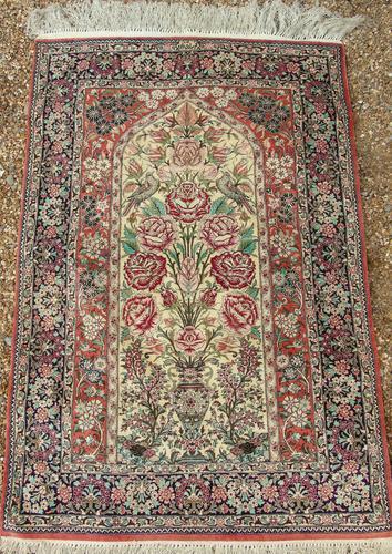 Fine Silk Carpet Rug Roses (1 of 9)