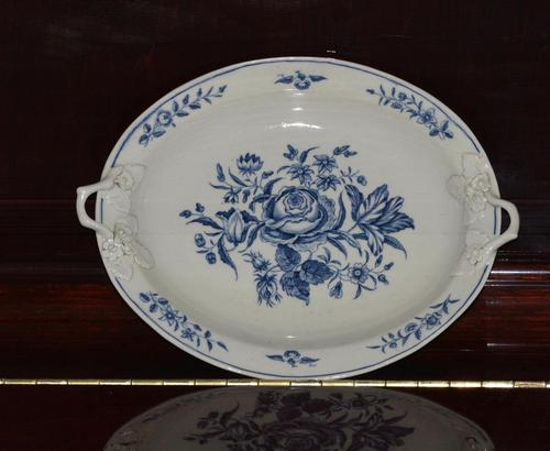 18th century First Period Worcester twin-handled dish (1 of 13)