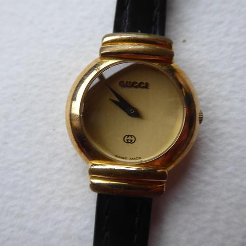 Ladies Gucci 5300L Watch (1 of 11)