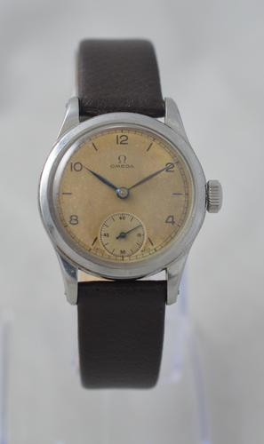 1943 Omega British Government Issued Wristwatch (1 of 6)