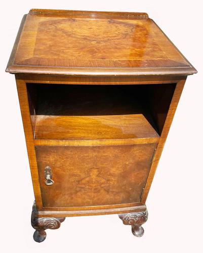 A Burr Walnut Bedside Cabinet (1 of 3)