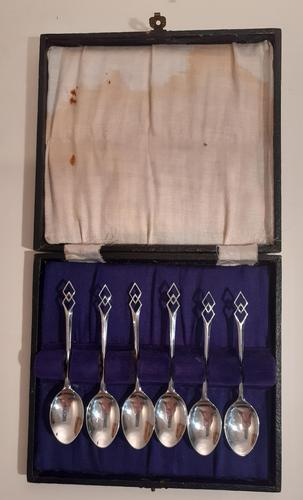 Six Silver Coffee Spoons, Hallmarked Birmingham 1955 (1 of 3)
