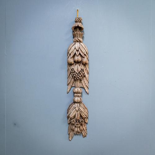 17th Century Walnut Swag (1 of 12)