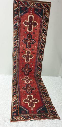 Pretty Antique Carpet Runner (1 of 6)