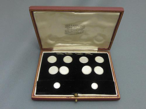Garrard & Co White Gold and Mother of Pearl Dress Set (1 of 9)
