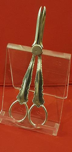 Silver Grape Scissors by William Hutton Sheffield 1908 (1 of 6)