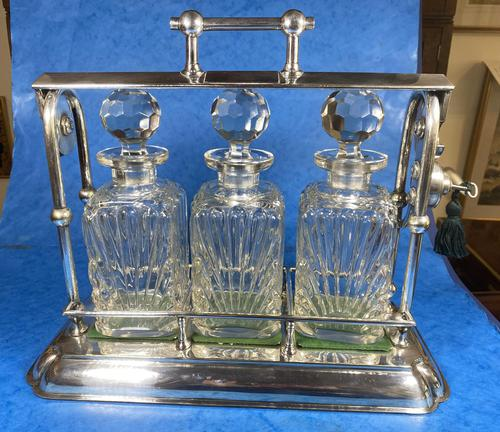 Edwardian Silver Plated Tantalus c.1905 (1 of 14)