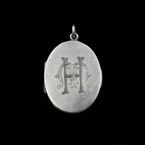 Antique Aesthetic Sterling Silver Oval Locket Pendant Initialled 'M K H' (1 of 11)