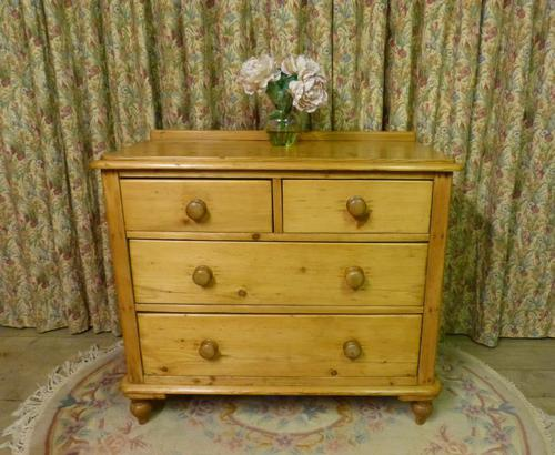 Small Edwardian Pine Chest of Drawers Stripped & Bees-waxed (1 of 9)