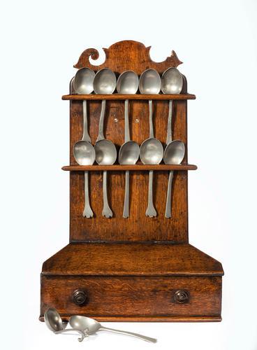 George III Period Oak & Pewter Spoon Rack (1 of 8)