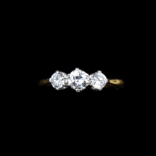 Vintage Diamond Three Stone Trilogy 18ct Gold and Platinum Ring (1 of 11)