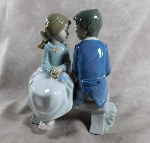 """Primer Amor"" or ""First Love"" Hand Modelled Porcelain Figure by Nao (1 of 9)"