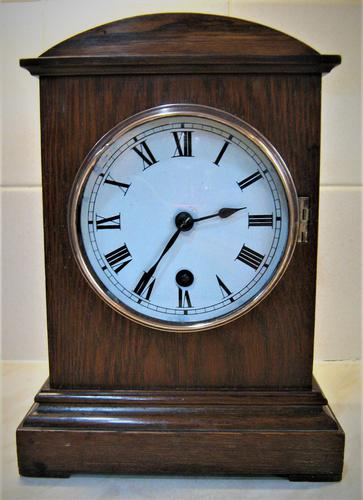 Delightful French Mantle Clock from 1920's. (1 of 5)