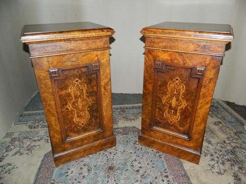 Pair of Walnut Bedside Cabinets (1 of 8)