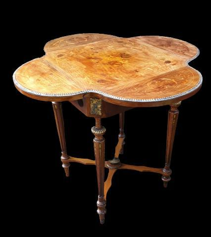 Exceptional 19th Century Marquetry Drop-leaf Centre Table (1 of 9)