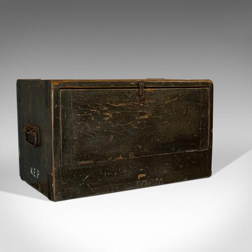 Antique Cobbler's Chest, Pine, Tool Trunk, Coffee Table, Victorian c 1900 (1 of 12)