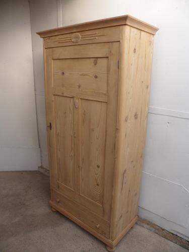 Lovely Victorian 1 Door Antique  Pine Kitchen / Storage Cupboard to wax / paint (1 of 11)