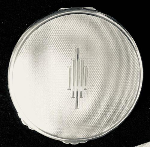 Silver Art Deco Compact (1 of 4)