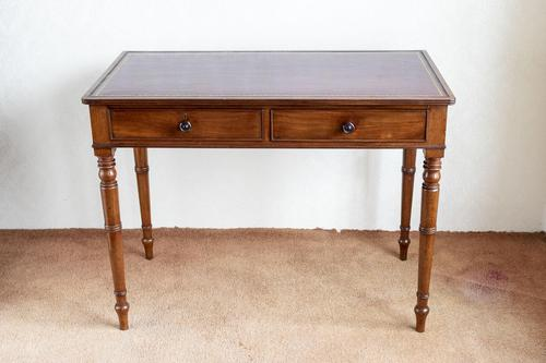 Very Fine George III Mahogany Writing Table with 2 Fitted Drawers (1 of 6)