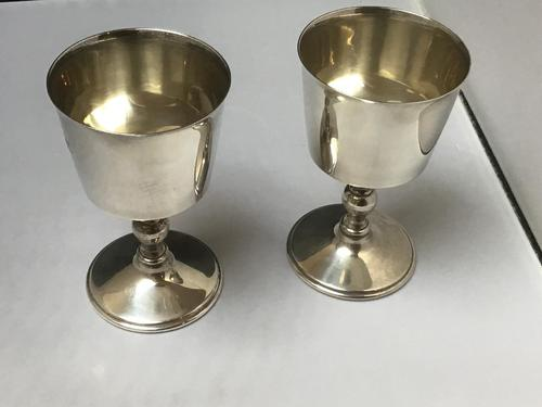 Excellent Pair of Solid Silver Goblets (1 of 6)