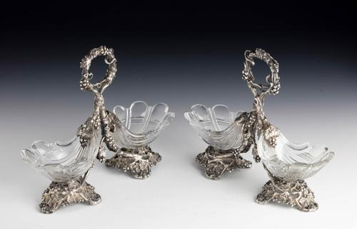 Attractive Pair of Late 19th Century Cut Glass Table Salts (1 of 4)
