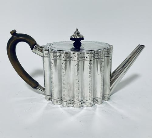 18th Century Georgian Solid Sterling Silver Teapot (1 of 16)