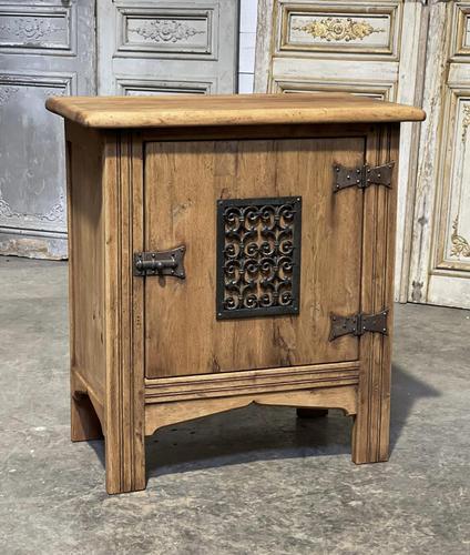 Small Bleached Oak Cupboard (1 of 20)
