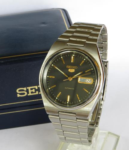 Gents Seiko wrist watch, 1990 (1 of 4)