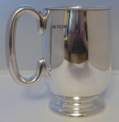 Viners 1961 One 1 Pint Hallmarked Solid Silver Tankard Christening Mug 348g (1 of 10)