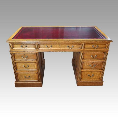 Victorian Oak Maple & co Pedestal Desk (1 of 11)
