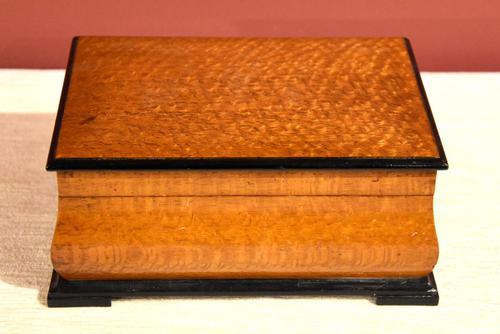 Early 20th Century Mahogany Dunhill Cigar Box (1 of 4)