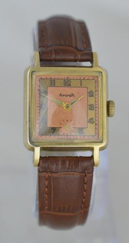 1950s Aircraft 'Tank' Wristwatch (1 of 5)