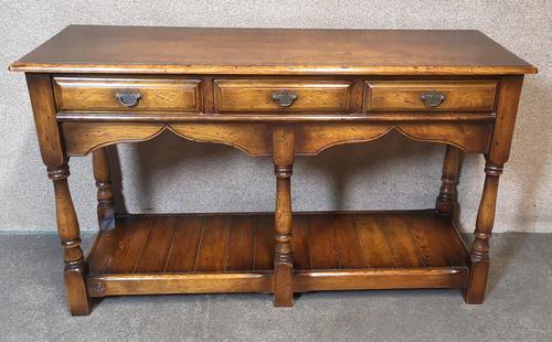 Oak Period Style Dresser Base - Royal Oak Furniture (1 of 10)