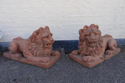 Mid 19th Century Pair of Ferocious Terracotta Lions (1 of 2)