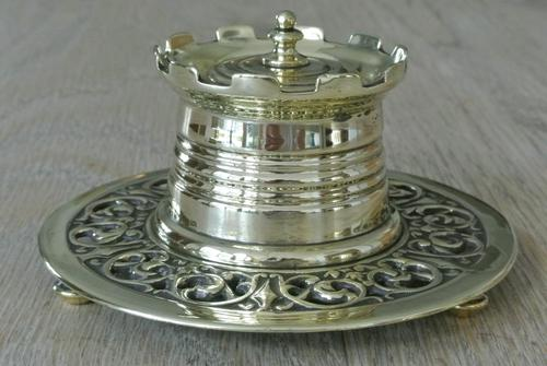 Fine William Tonks & Sons Aesthetic Movement Castle Top Brass Inkwell c.1895 (1 of 6)