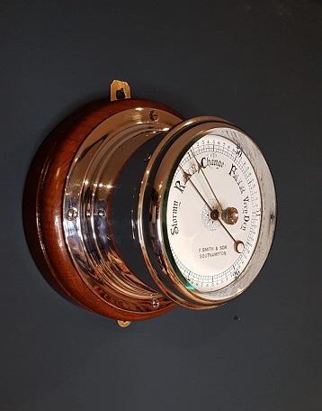 Superb Antique Bulkhead Marine Barometer (1 of 6)