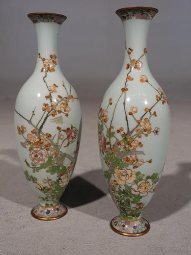 Pretty Pair or Early 20th Century Japanese Cloisonné Vases (1 of 6)