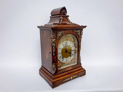 Burr Walnut Mantle Clock (1 of 7)