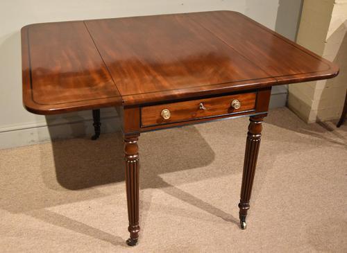 Superior Quality Regency Mahogany Pembroke Table (1 of 7)