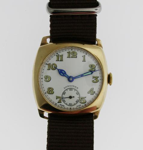 9kt Gold Longines Men's Wristwatch Swiss 1944 (1 of 10)